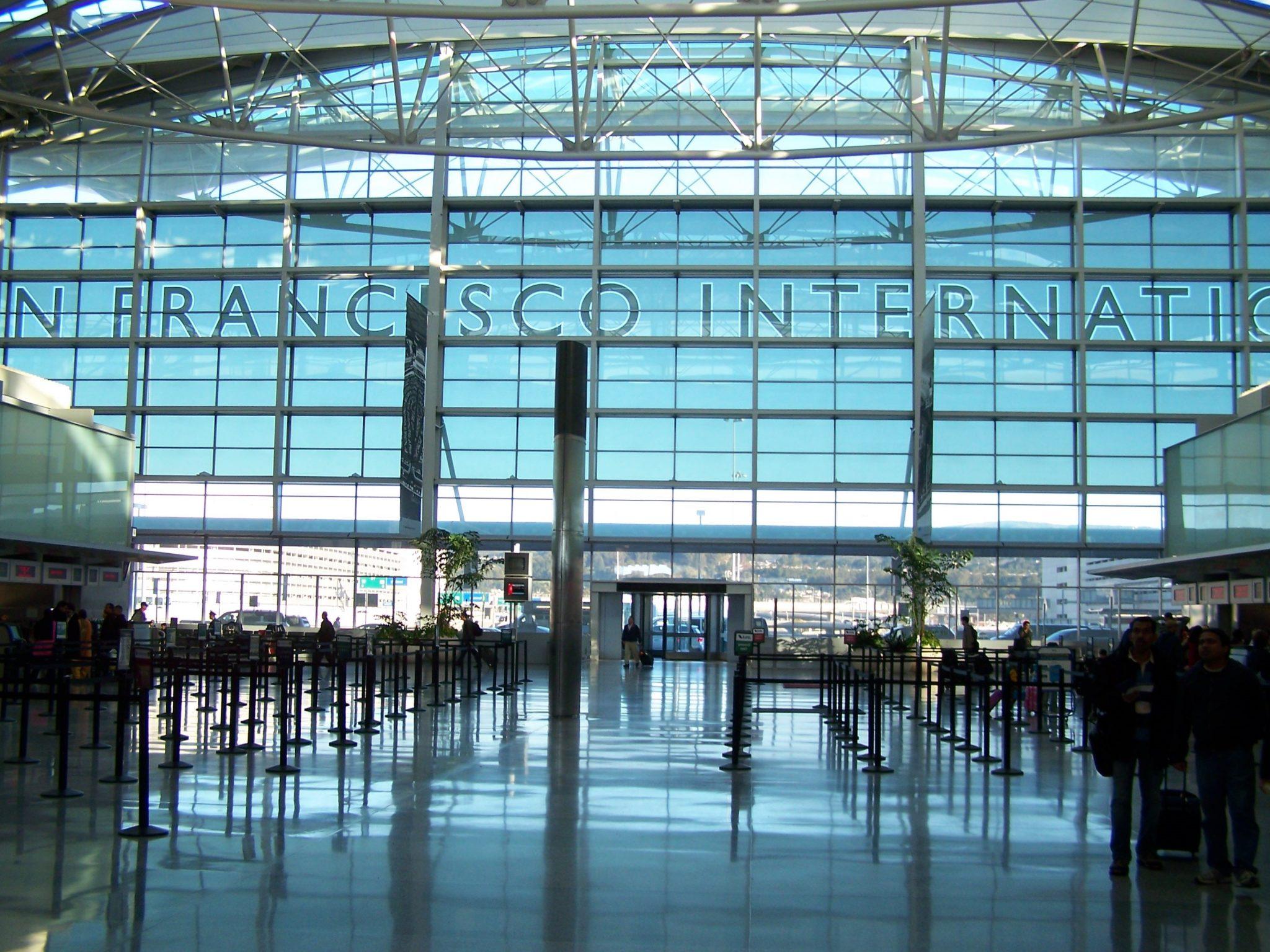 Taxis, VTC et autres depuis les aéroports de la Baie